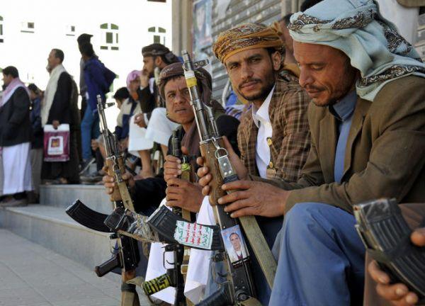 """""""الحوثي"""" تستجدي المدنيين في """"الحديدة"""" لمؤازرتها"""