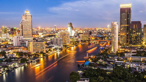 تايلاند: مقتل 33 شخصاً في حوادث طرق خلال يوم