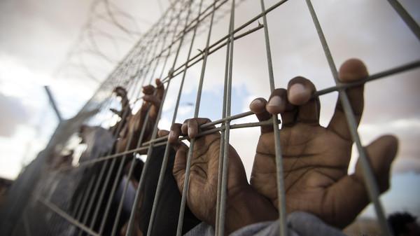"""""""ضحايا الشركة"""".. وثائقي يروي شهادات المجندين في صفوف الحوثي"""