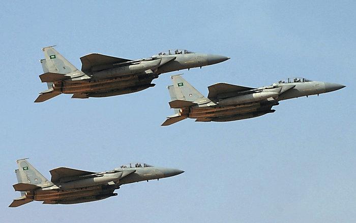 التحالف يشن عدة غارات جوية على مواقع الحوثيين في تعز