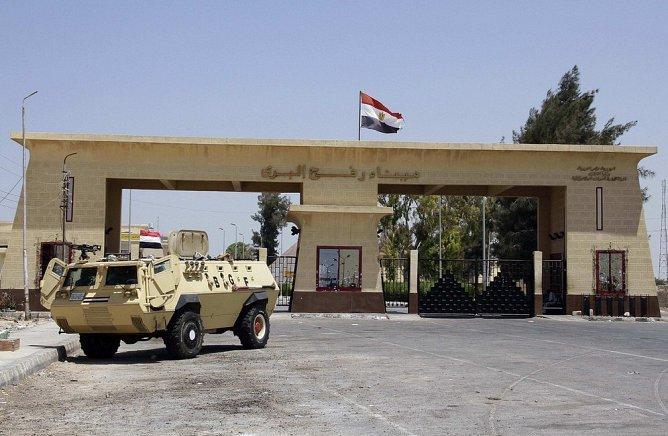 مصر تفتح معبر رفح صباح اليوم لعبور الجرحى
