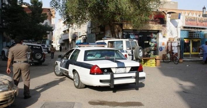 ضبط جانيين تعمّدا دهس مقيم وسرقة سيارته
