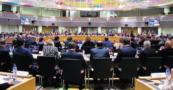 مؤتمر بروكسل يتعهد بـ7 مليارات دولار لدعم اللاجئين السوريين