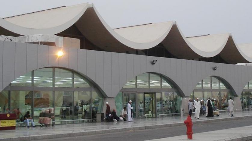 شركة طيران تمنع أكاديمياً من ذوي الاحتياجات من السفر.. ووزير التعليم يعلق