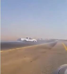 فيديو.. شاب يمارس التفحيط على طريق سريع بجازان