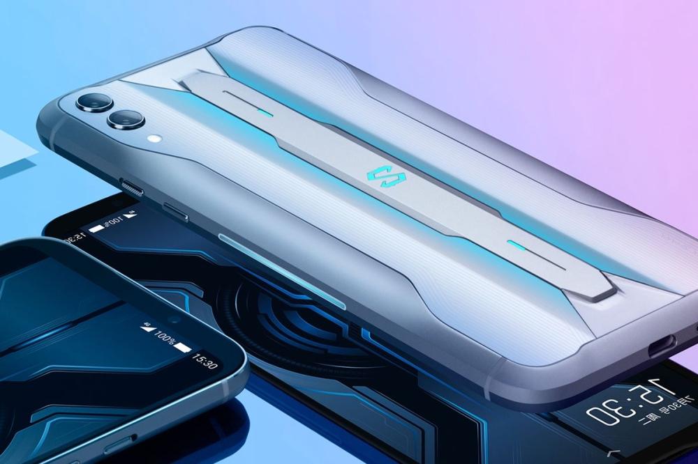 """""""شاومي"""" تطلق أقوى هاتف ذكي في العالم"""