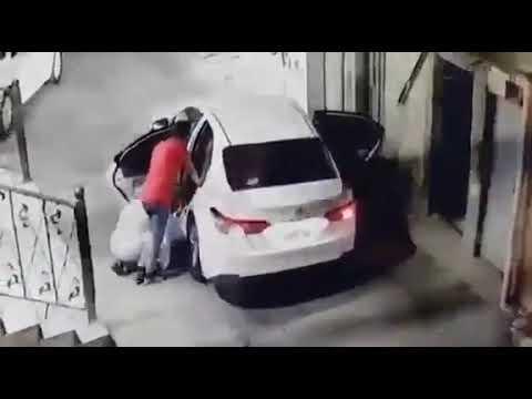 شاهد.. كاميرا مراقبة توثّق سرقة خزنة من منزل مواطن بجدة
