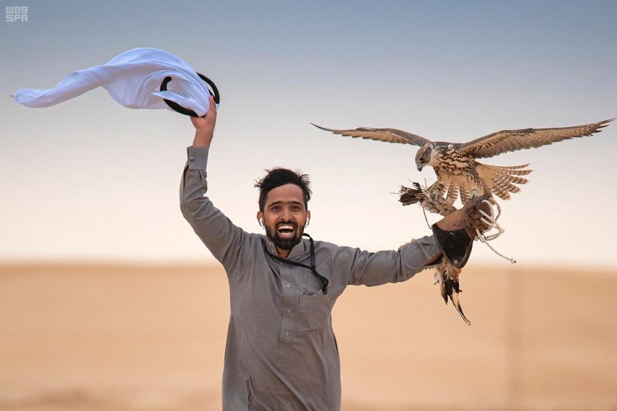 بدء التسجيل بمسابقات مهرجان الملك عبدالعزيز للصقور في 6 مدن
