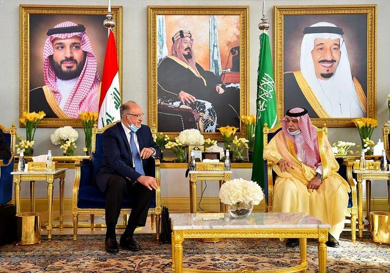 وفد عراقي رفيع برئاسة نائب رئيس مجلس الوزراء يصل الرياض