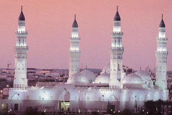 تعيين مراقبات بالأقسام النسائية في الجوامع والمساجد