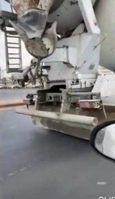 ضبط شاحنة مخالفة لإشتراطات النقل في خميس مشيط