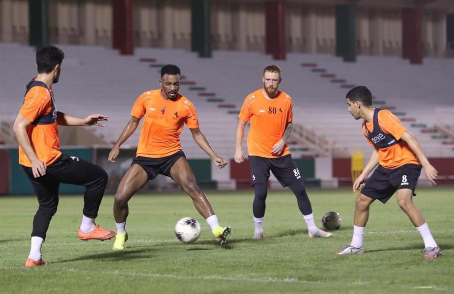 الاتفاق يواجه القادسية غداً استعداداً لعودة الدوري