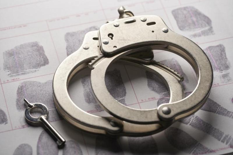 القبض على 4 مواطنين ومقيم مخالفين لنظام البيئة