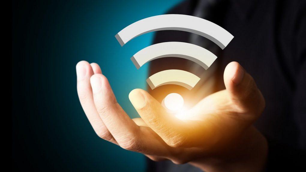 «هيئة الاتصالات» بشأن نشر نقاط «واي- فاي» مجانية بالأماكن العامة