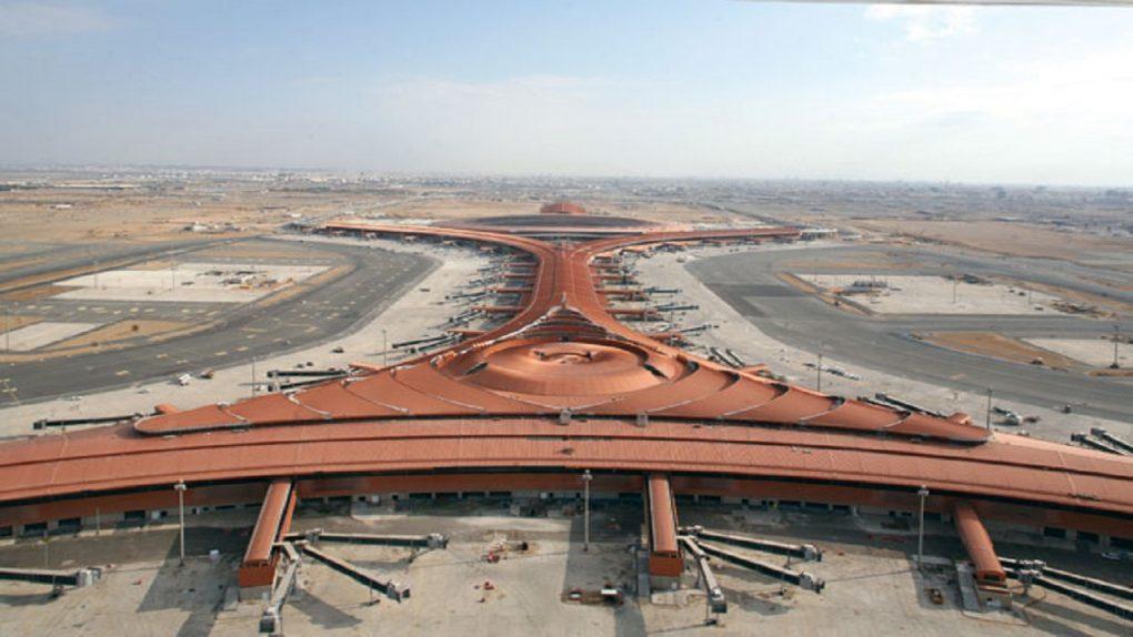 مطار الملك عبدالعزيز: رحلات الطيران لم تتأثر بالأجواء الممطرة