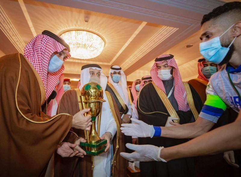 وزير الرياضة يشكر الملك