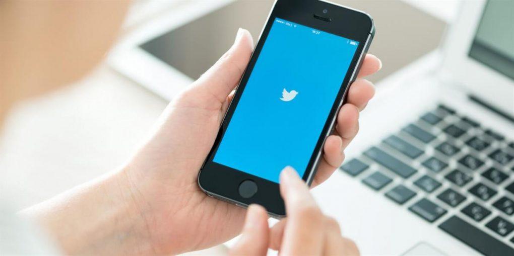 «تويتر» يطلق ميزة جديدة لنشر التغريدات على «سناب شات»