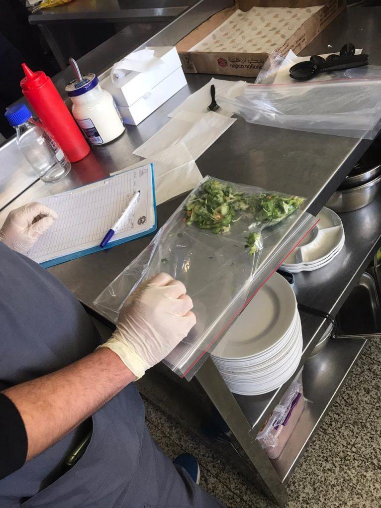 بلدية خميس مشيط تكثف جولاتها الرقابية على المطاعم والمنشآت الصحية