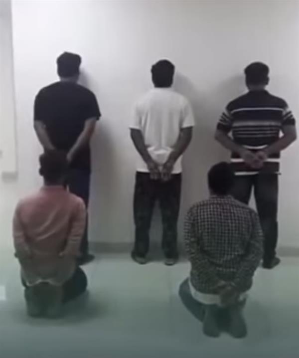 ضبط 5 وافدين لاحتجازهم أشخاصاً من بني جلدتهم وابتزاز ذويهم للحصول على فدية