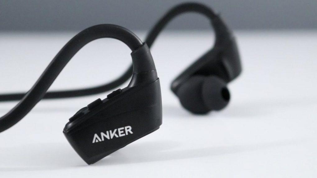 """""""أنكر"""" تنافس """"أبل"""" بسماعة جديدة تتفوق على AirPods Pro"""