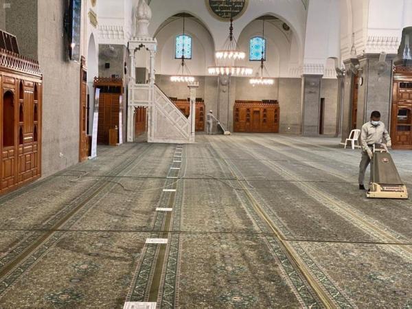 الشؤون الإسلامية تقرر اليوم إغلاق 10 مساجد مؤقتاً بـ 6 مناطق