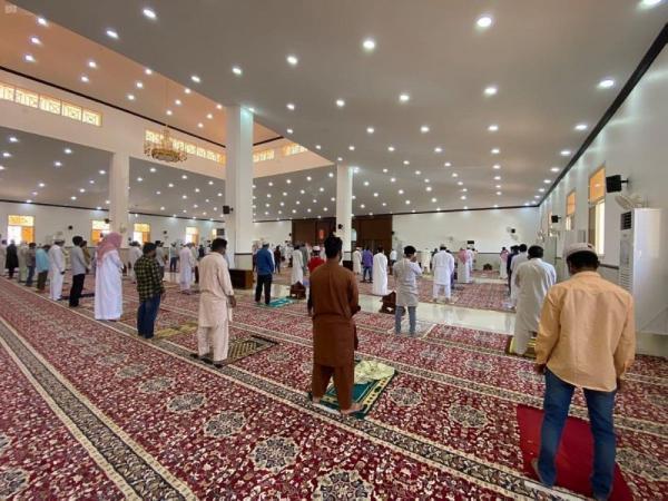 إغلاق 12 مسجداً مؤقتاً بـ6 مناطق بعد ثبوت إصابات كورونا