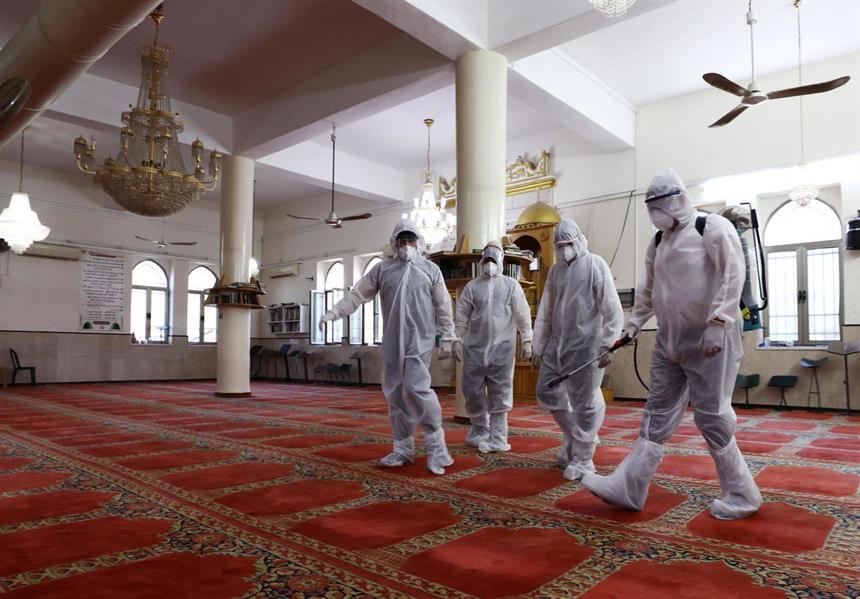إعادة افتتاح مسجدين بعد تعقيمها في الرياض