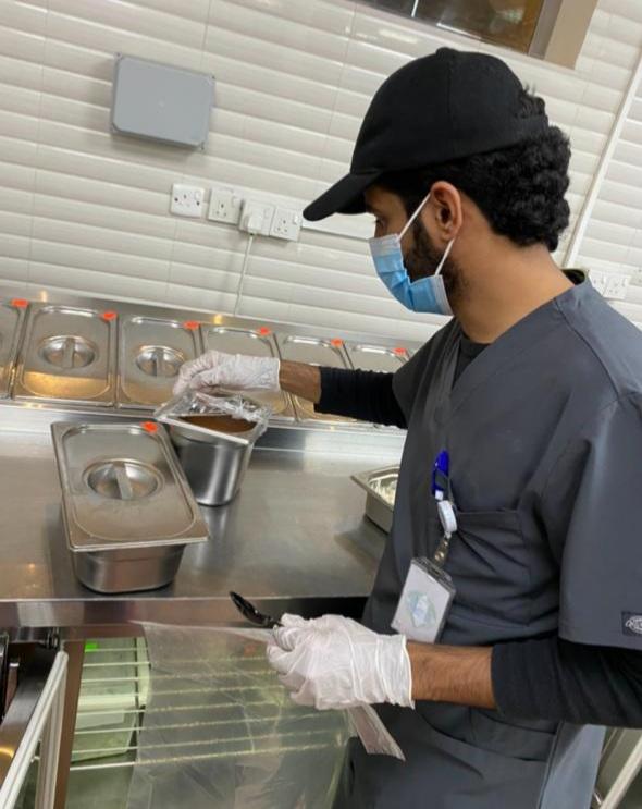 إغلاق 62 منشأة واتلاف 1040كلجم من المواد الغذائية في خميس مشيط