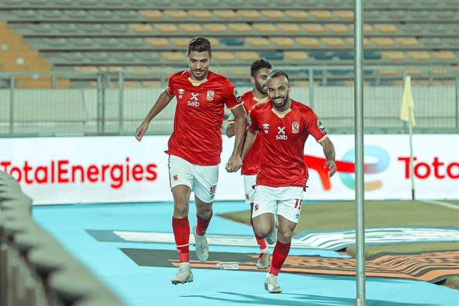 الهلال السعودي يبارك للأهلي المصري بعد تحقيق بطولة دوري إبطال أفريقيا