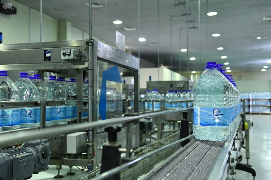 متى يتم فتح وقف الملك عبدالعزيز لسقيا زمزم؟ المياه الوطنية تجيب