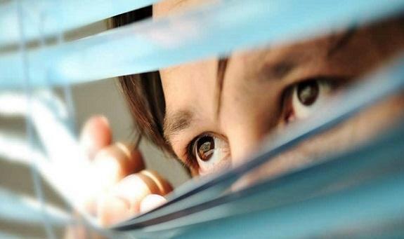 36%  من الأشخاص يتجسسون على شركاء حياتهم في هذه الدولة لهذا السبب!