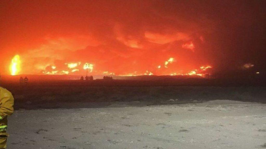 الكويت.. السيطرة على حريق بحقل نفطي فجر اليوم