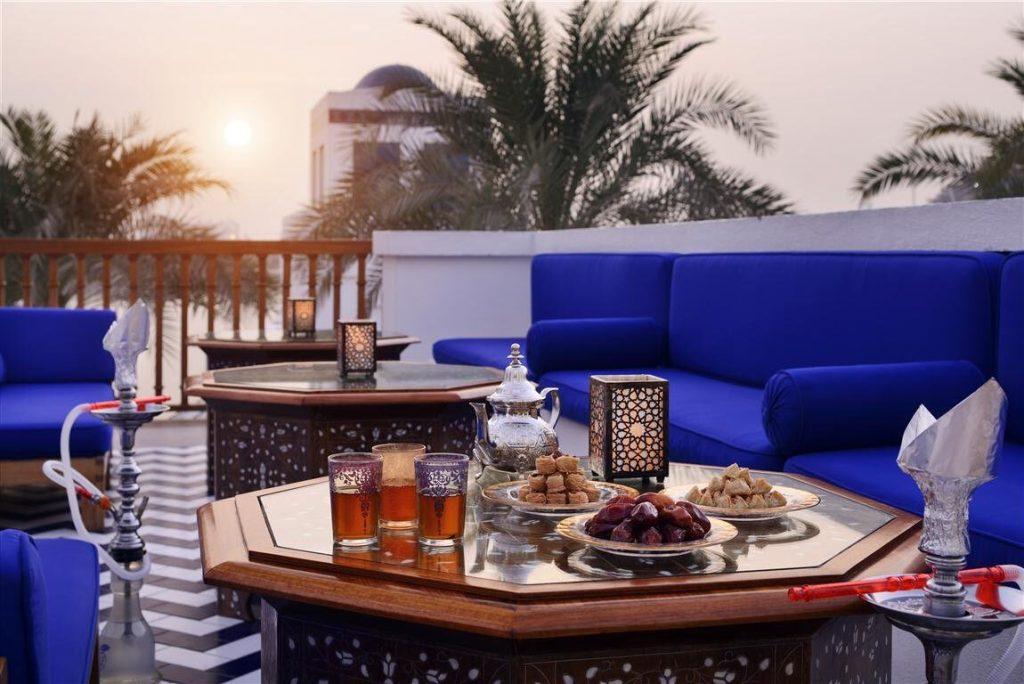 لأول مرة.. الشيشة في مطاعم وفنادق الرياض قريبا